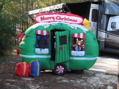 lp lotion ft wilderness holiday decor 2011 page 2 of 17 inflatable rv